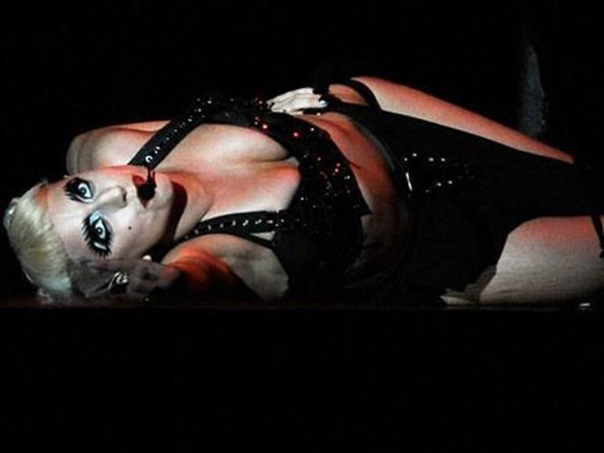 Bunu yapmamışsındır Gaga!